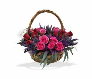 arreglo de llegale con flores